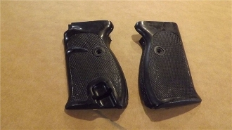 Walther P-1 & P-38 factory Grip Set